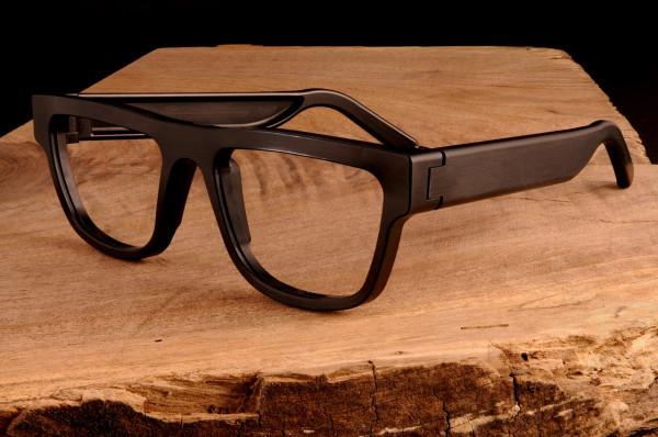 Contoh kacamata frame aluminum